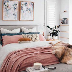 Evli ciftler icin yatak odası dekorasyonu (23)