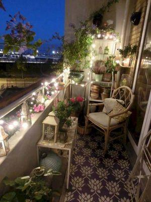 Kucuk Balkon Dekorasyonu Fikirleri Fotograf Galerisi (1)