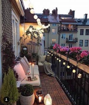 Kucuk Balkon Dekorasyonu Fikirleri Fotograf Galerisi (53)