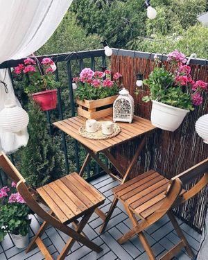 Kucuk Balkon Dekorasyonu Fikirleri Fotograf Galerisi (62)