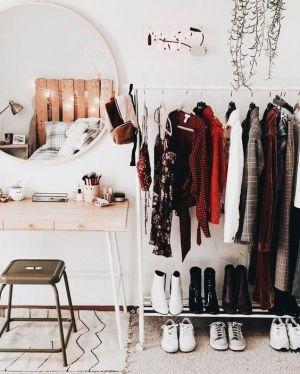 Yatak Odaları Icin Yuvarlak Ayna Dekorasyonu Fikirleri (10)