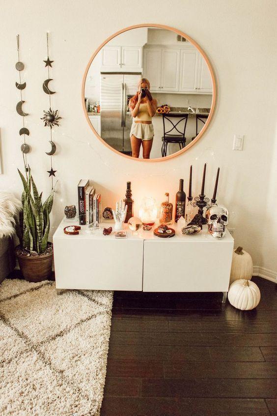 Yatak Odaları Icin Yuvarlak Ayna Dekorasyonu Fikirleri (14)