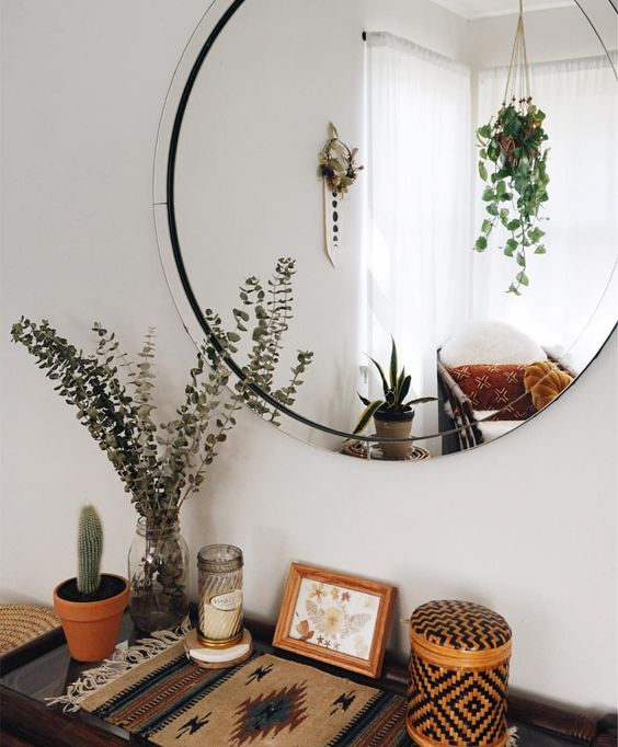 Yatak Odaları Icin Yuvarlak Ayna Dekorasyonu Fikirleri (18)